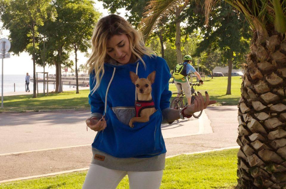 burcu-ozcan-roodie-hoodie-pet-chihuahua-mira-pet-tasima-sweatshirt-2